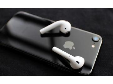 国产手机发力高端市场 苹果早已不在最贵手机行列
